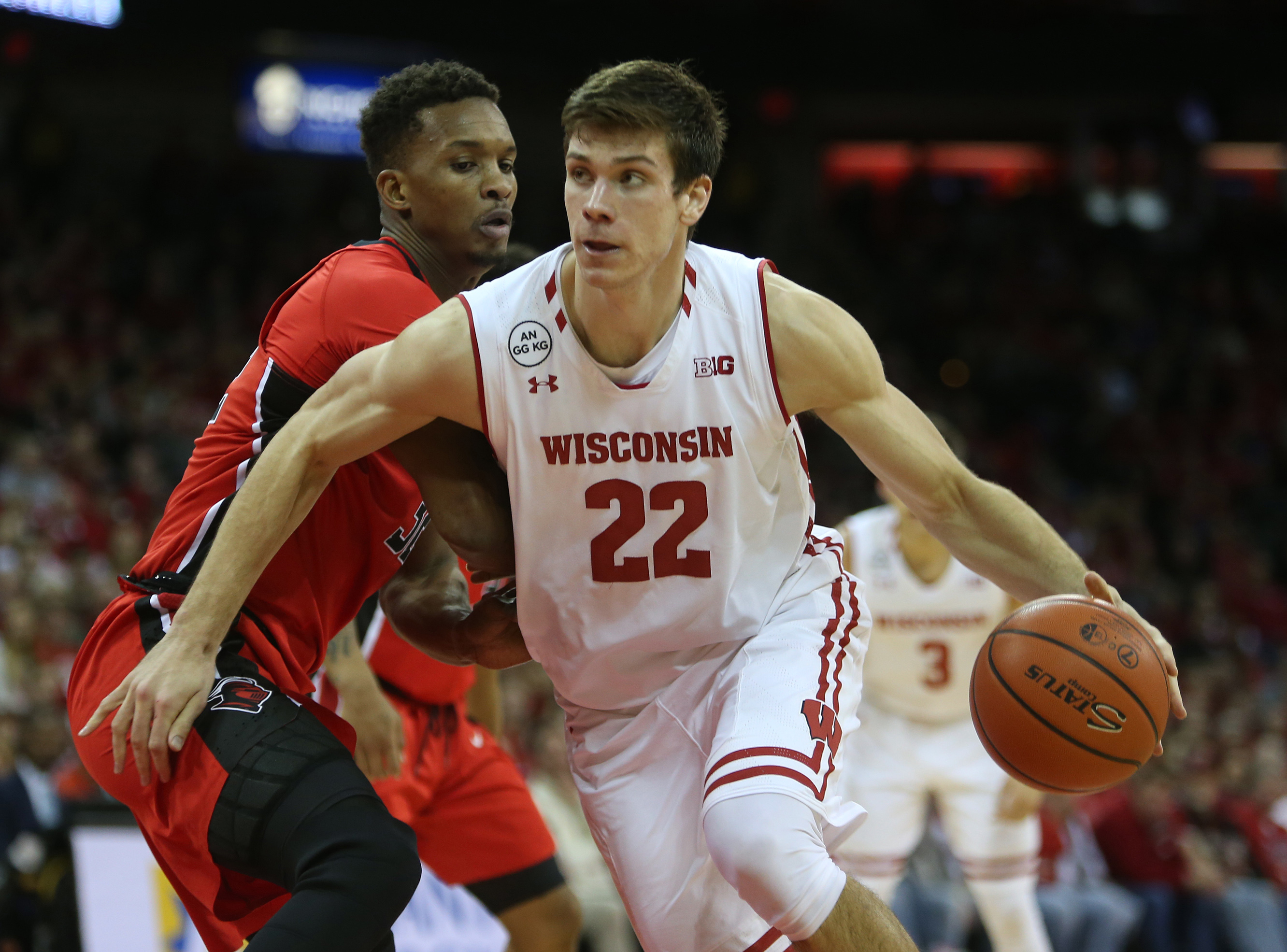 No. 16 Wisconsin Will Wax Overmatched Savannah State