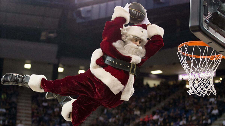 NBA Totals-Props Roundup: A Slam Dunk Hoops Holiday