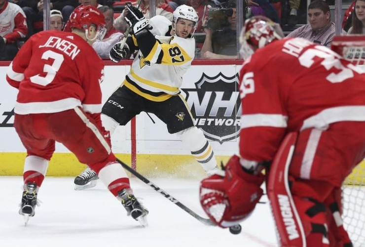 Crosby, Penguins Beat Red Wings For 4th Straight Win