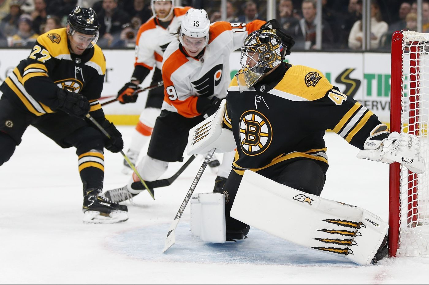NHL Picks Of Day: Totals On B's/Flyers And Sabs/Flames