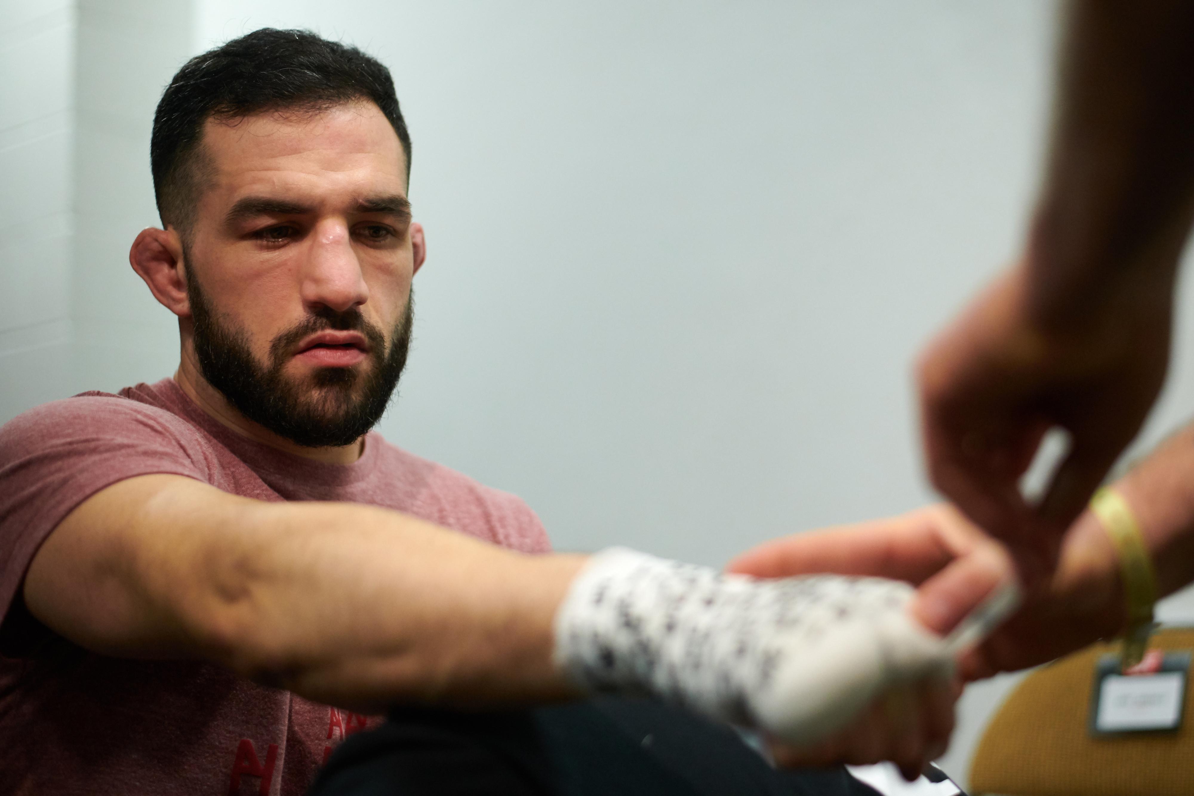 UFC Picks: Gordon By KO As Morets Chin Won't Hold Up