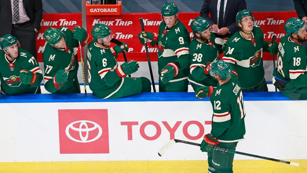 Canucks vs. Wild NHL Series Preview and Predictions