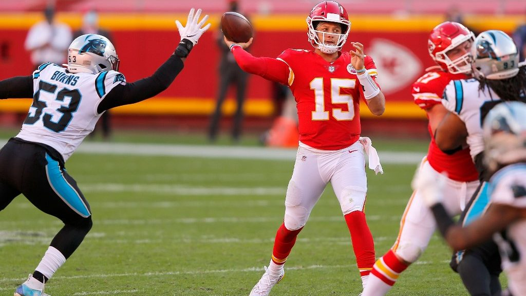 Chiefs vs. Raiders: Week 11 NFL Sunday Night Game Totals Pick
