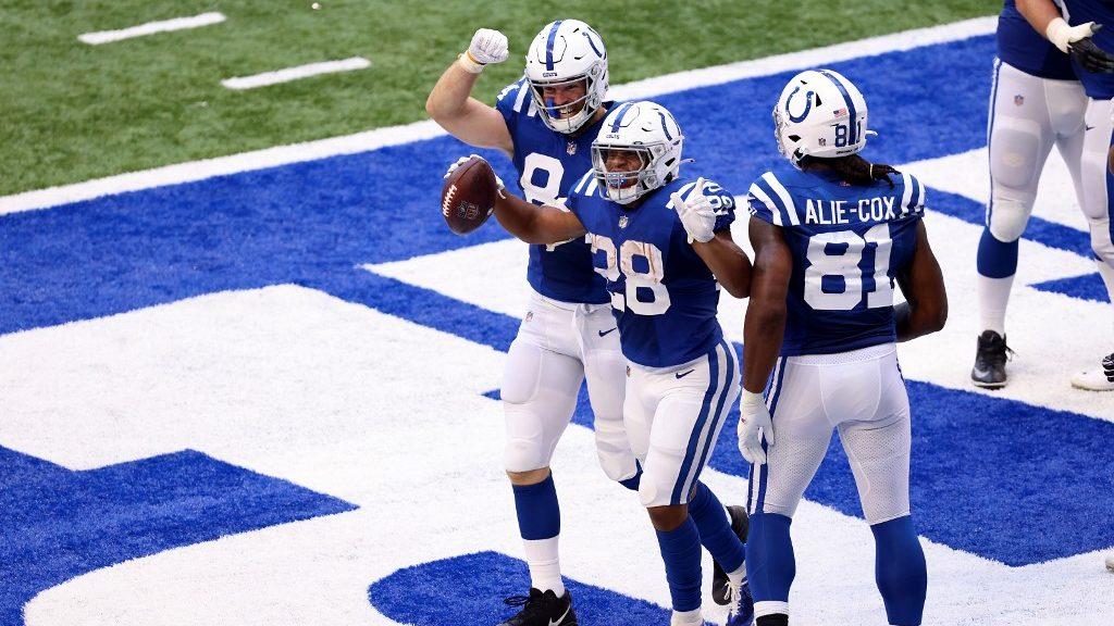 NFL Wild Card Weekend Best Picks: Over/Under Football Predictions