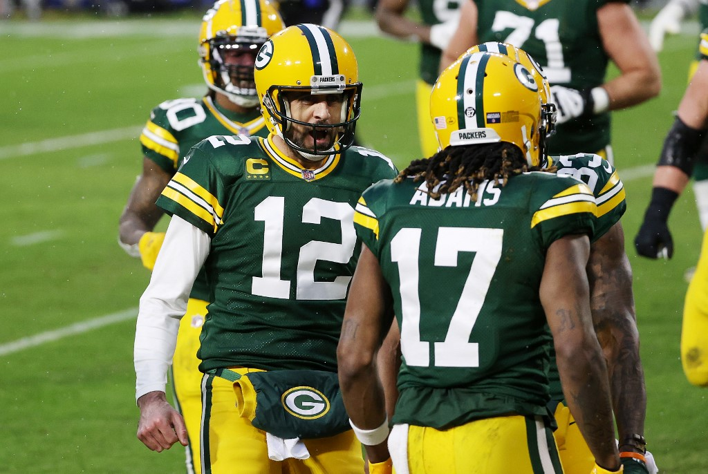 Rodgers and Adams of the Packers