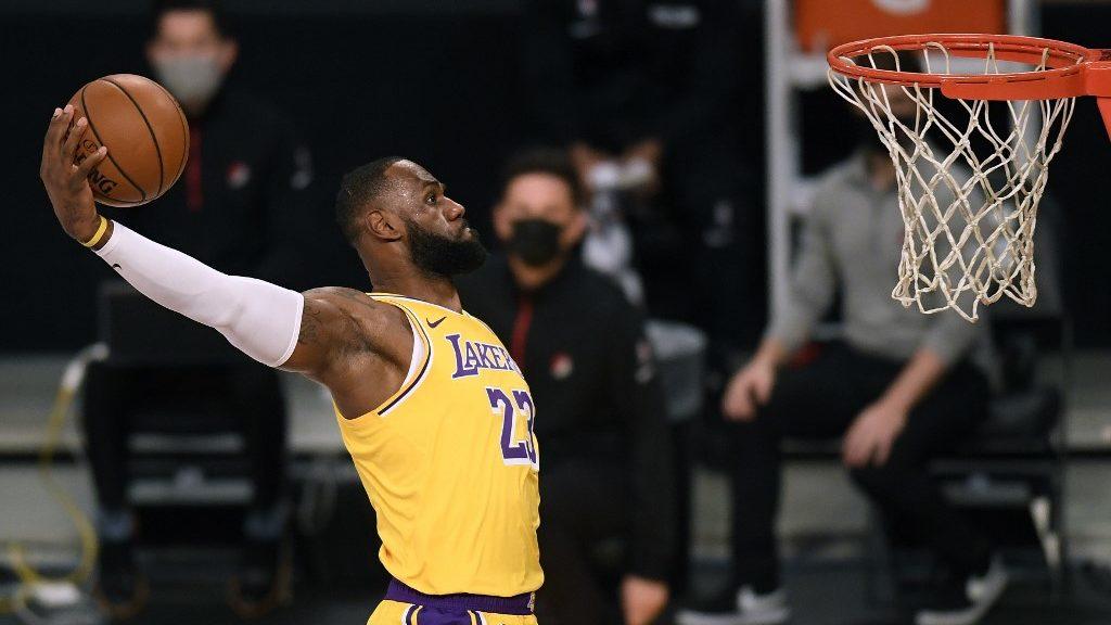 Pacers vs. Lakers: NBA Picks and Predictions