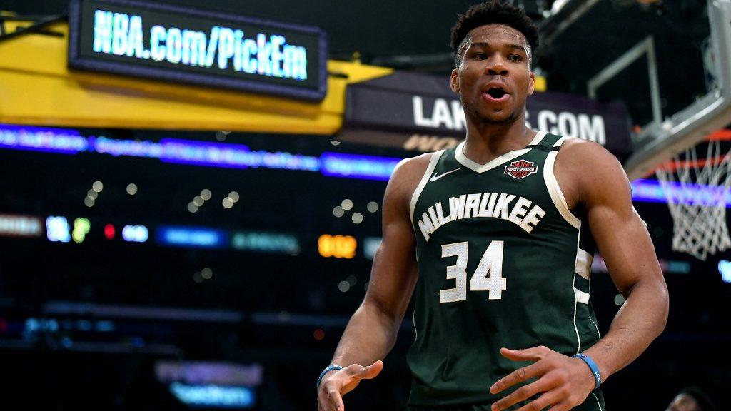 Bucks vs. Lakers NBA Picks: Milwaukee Will Avoid L.A. Sweep