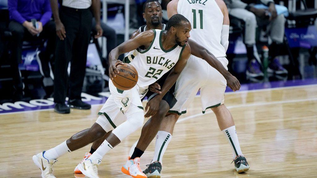 Bucks vs. Hawks NBA Picks and Predictions
