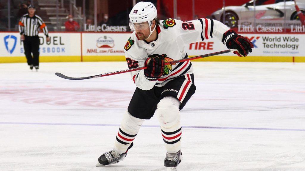 Predators vs. Blackhawks: NHL Picks and Odds Analysis