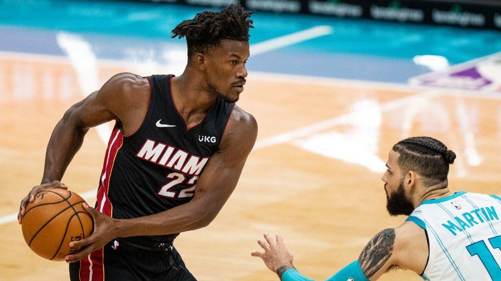 Mavericks vs. Heat NBA Picks and Odds Analysis
