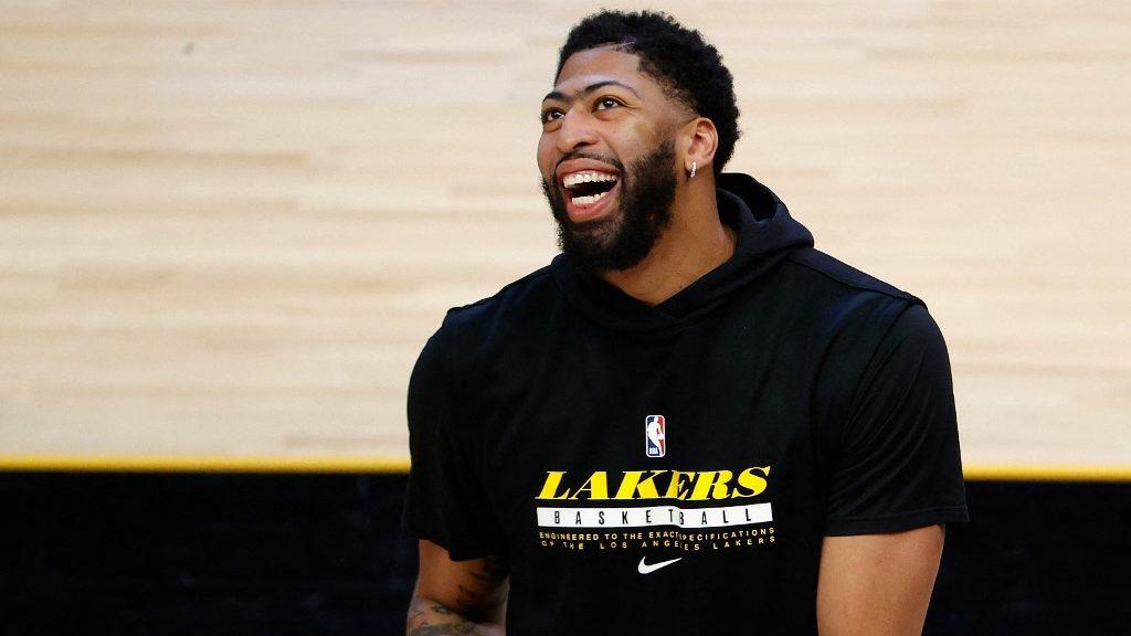Lakers vs. Trail Blazers NBA Picks: Can AD Save L.A. in Portland?