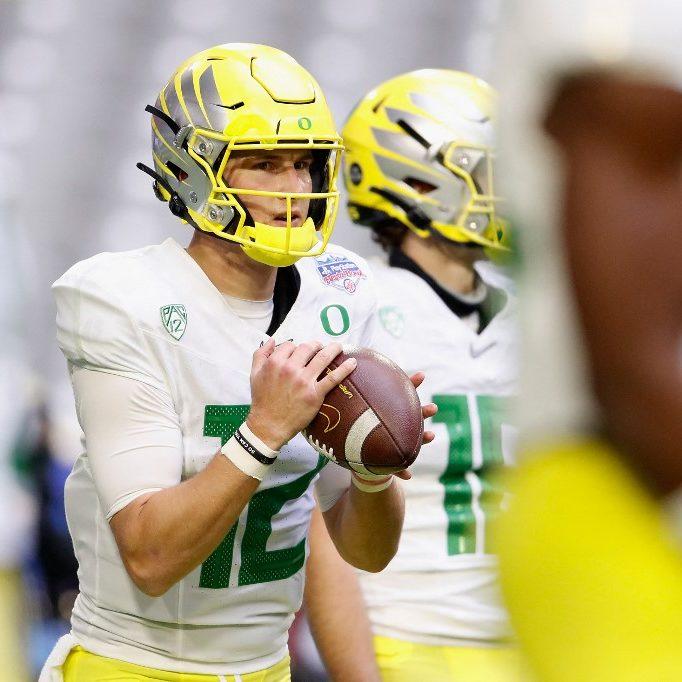 2021 Heisman Trophy Odds: Oregon Quarterback Tyler Shough
