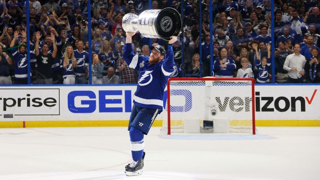 How Can the Lightning Replace Blake Coleman?