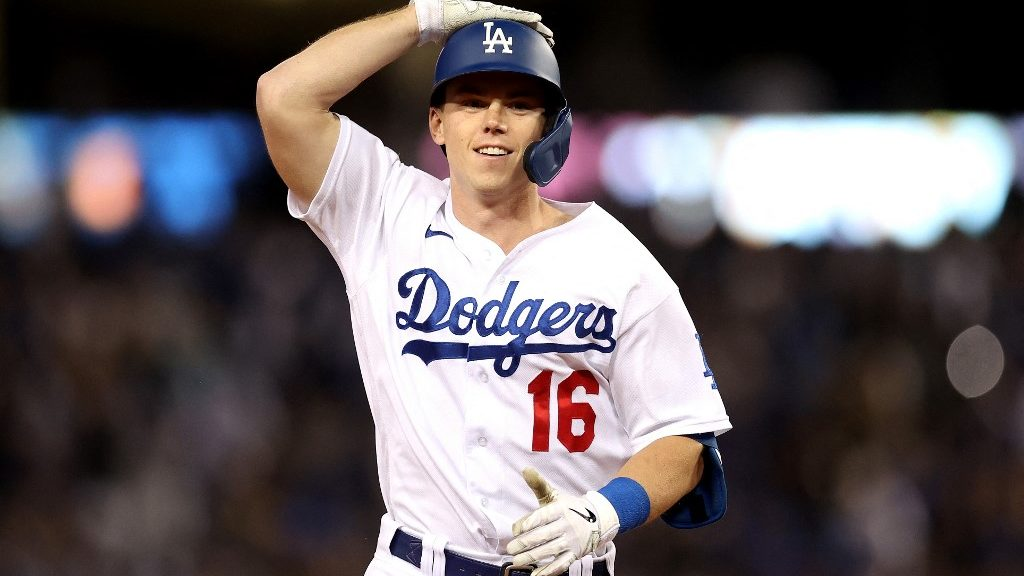 Dodgers vs. Giants NLDS Game 5 Picks and Odds Analysis